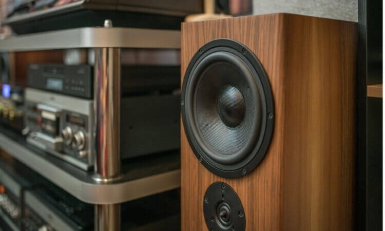 How To Connect Extra Speakers To Stereo For Full-Blast Sounds