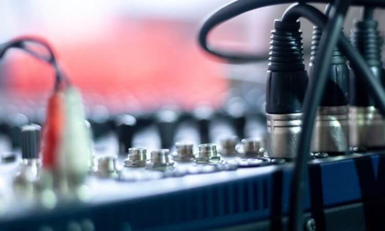 How To Operate Audiovisual Equipment: Know The Basics