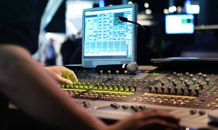 How To Rack Mount An Audio Equipment