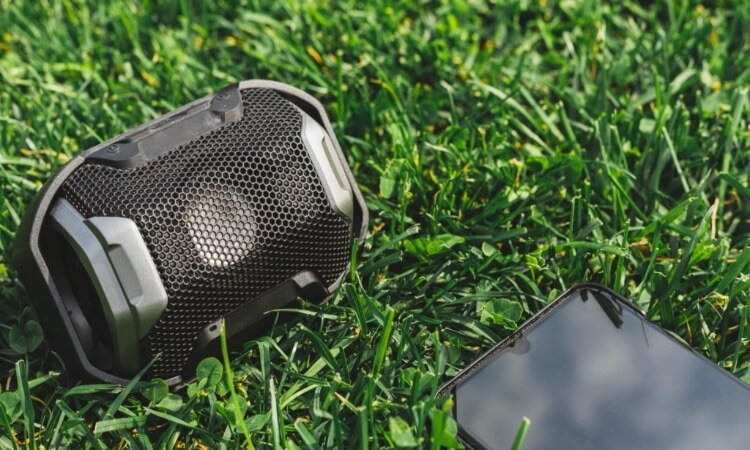The 7 Best Outdoor Wireless Bluetooth Speakers For Audiophiles