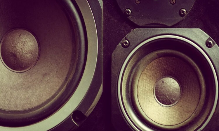What Are Component Speakers?