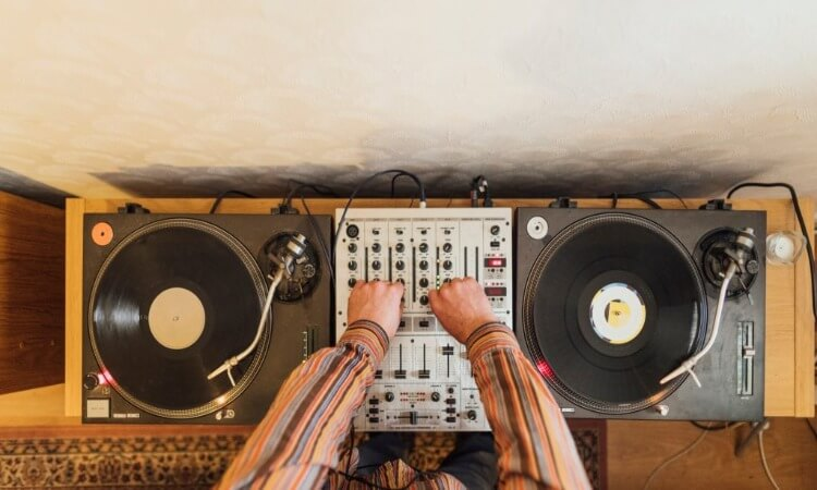 What Equipment Do I Need To DJ? – The Road To Your Dream Job